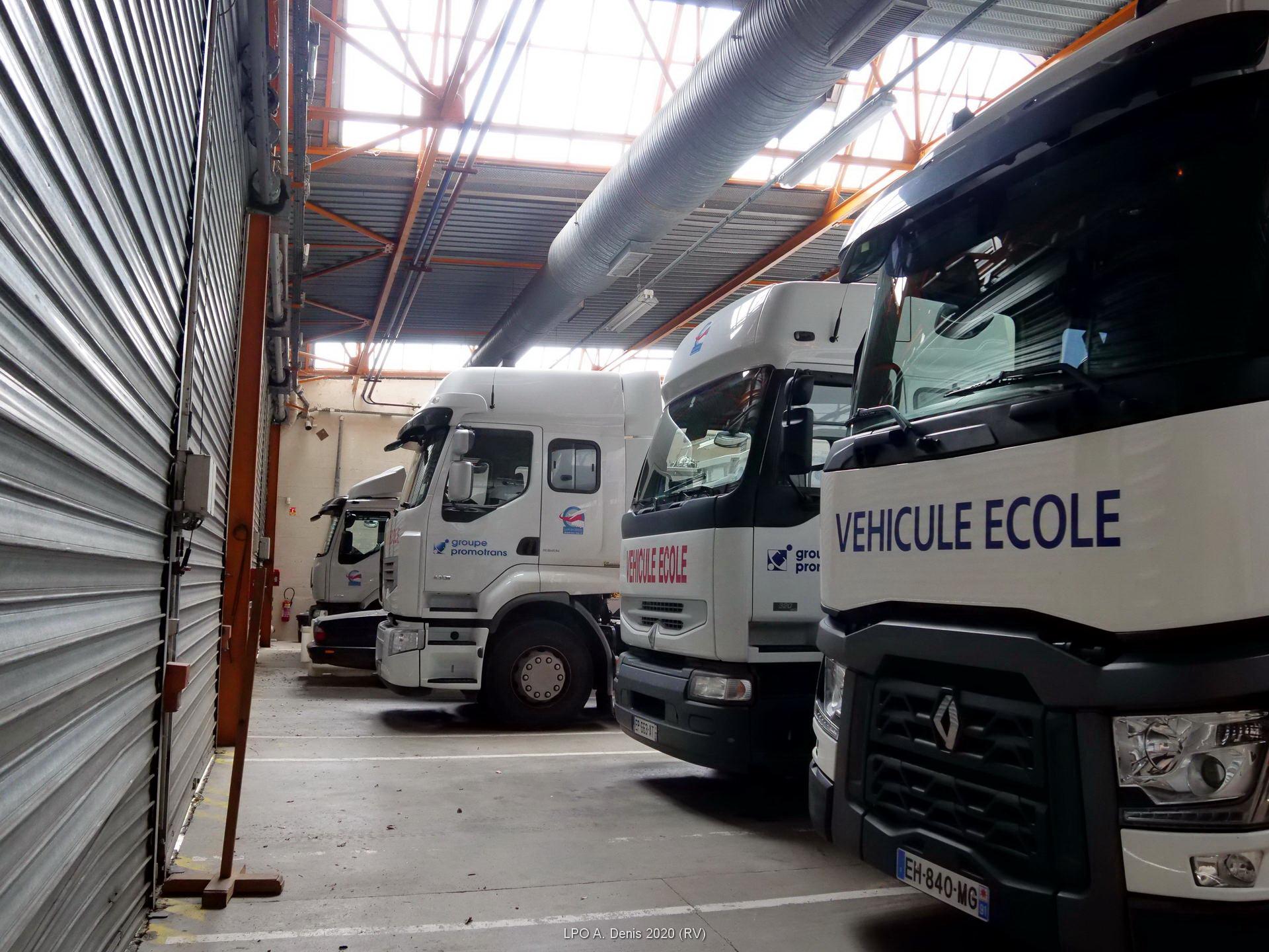 Véhicules d'apprentissage pour le transport routier