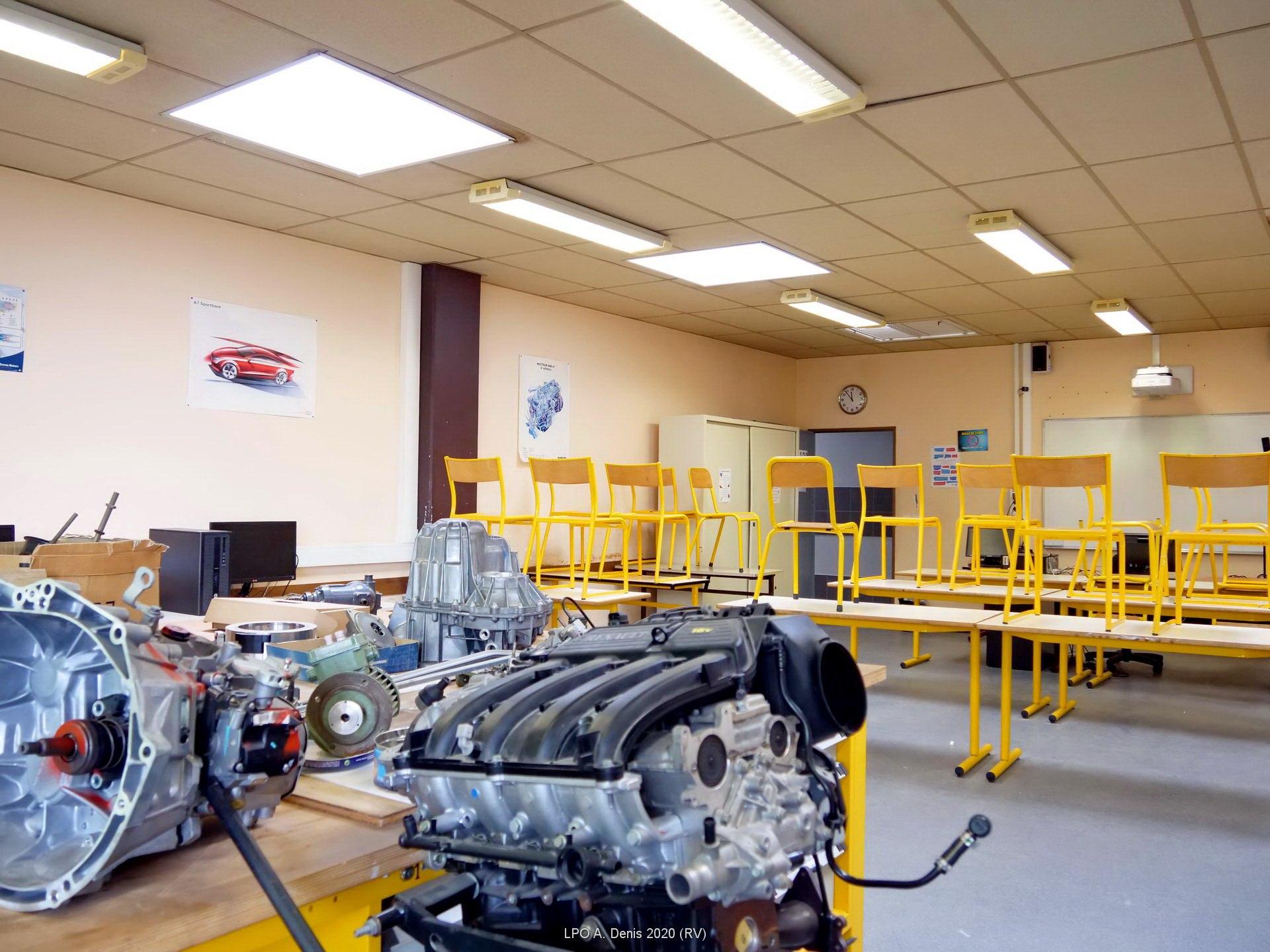 Salle de GMC (Génie Mécanique et Construction)