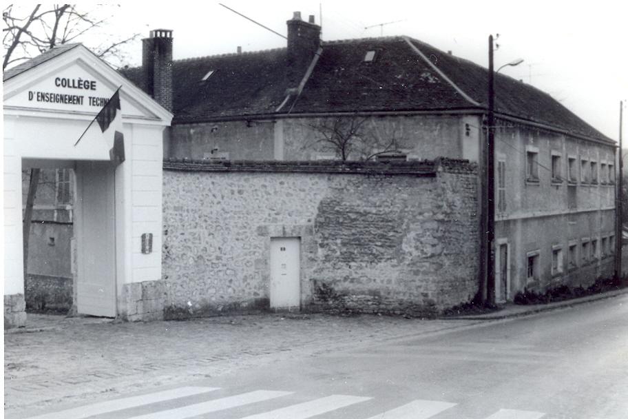 Photo ancienne du Lycée Alexandre Denis